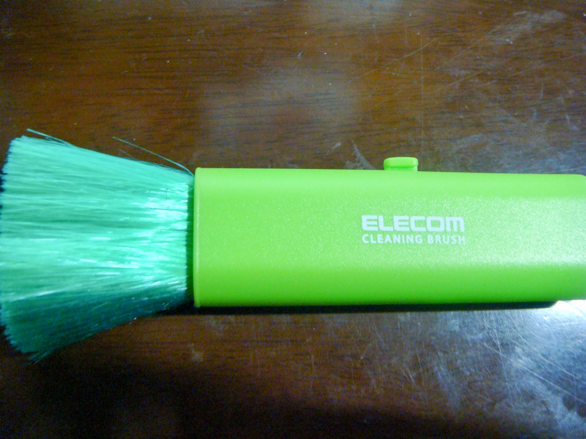 ELECOM CLEANING BRUSH compact KBR---6GN